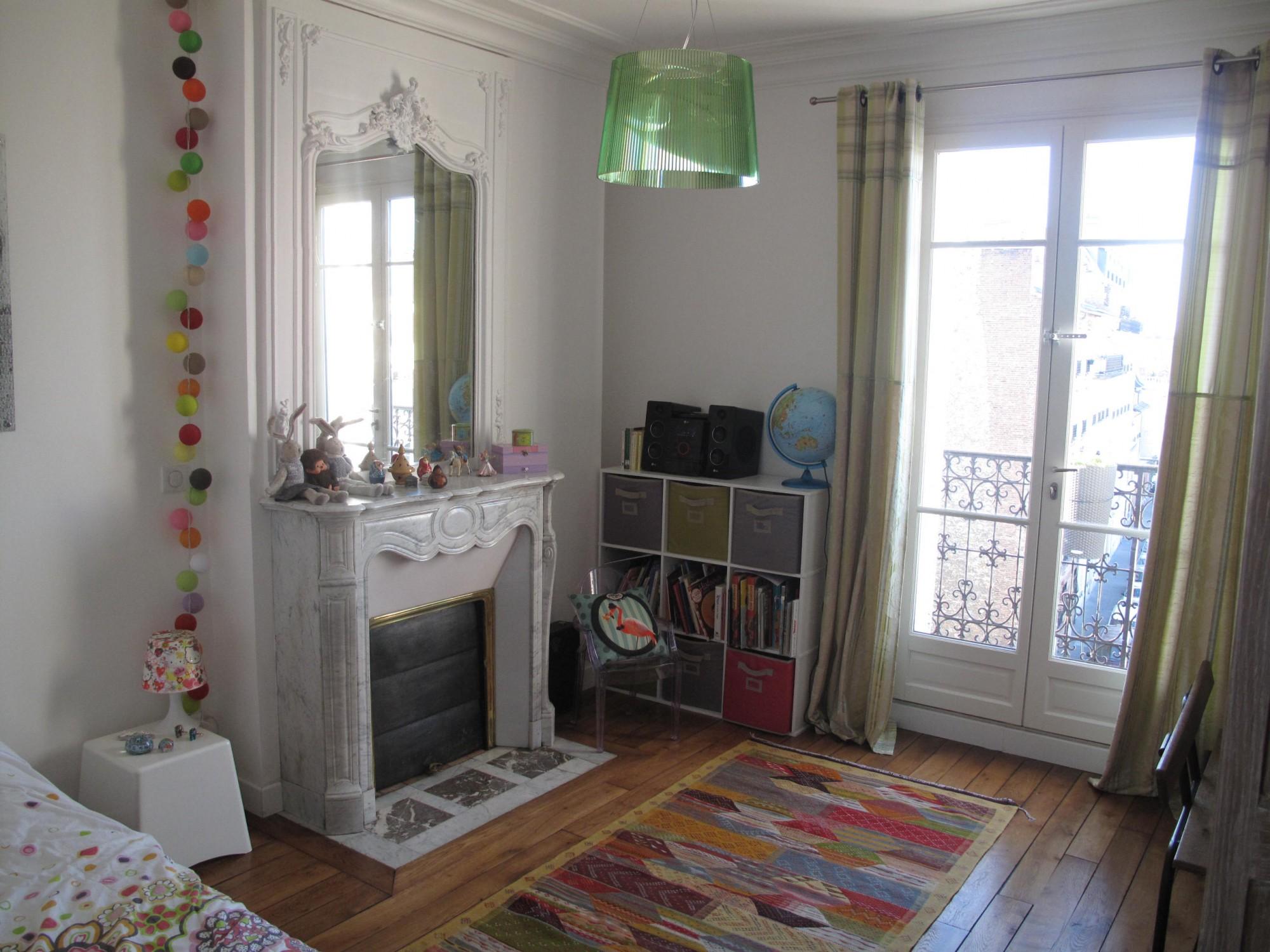 pose d 39 une chemin e ancienne dans une chambre totalement r nov e travaux de r novation dans le. Black Bedroom Furniture Sets. Home Design Ideas